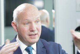 Pavel Fischer: Zeman udělal hrubou chybu, přichází infekce a Rusko tu hraje hru jak v 50. letech