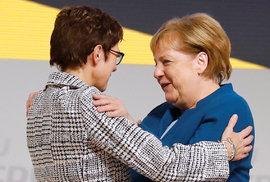 Novou předsedkyní německé vládní Křesťanskodemokratické unie (CDU) se v pátek na sjezdu v Hamburku stala dosavadní generální tajemnice strany Annegret Krampová-Karrenbauerová. (7.12.2018)