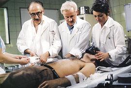 1977 Nemocnice na kraji města.