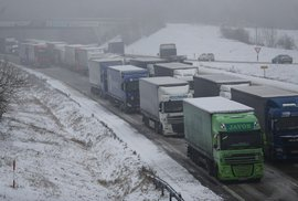 Karel Steigerwald: Problém neprůjezdné dálnice vyřešen! Ministr Ťok vydá seznam povolených destinací