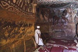 Region etnika Tigray, kostel Abuna Yemata Guh, jeden z nejhůře přístupných kostelů ve skalách