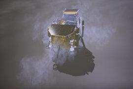 Poprvé v historii přistála sonda na odvrácené straně Měsíce. Číňané tam zkusí…