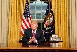 Trump ruší cla. USA a Mexiko uzavřely dohodu o migraci, ke kompromisu se přiklonily oba státy