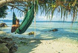 Na ostrůvcích Raja Ampat si budete připadat jako v jiném světě...