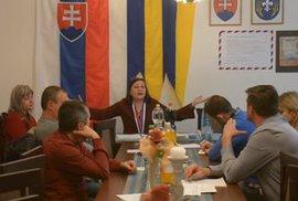 Slovenský politický virál: Video starostky šikanující své zastupitele ovládlo sociální sítě