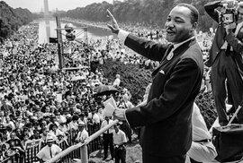 Skvělý řečník a držitel Nobelovy ceny Martin Luther King se narodil před 90 lety. Jeho vraha odsoudili na sto let