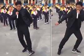 Čínský učitel se svými tančícími žáky uchvátil internet. 700 dětí se tanec naučilo o …