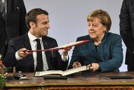 Německá kancléřka Angela Merkelová a francouzský prezident Emmanuel Macron podepsali v Cáchách smlouvu o spolupráci