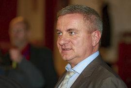 Transparency International podala trestní oznámení na hradního kancléře Mynáře
