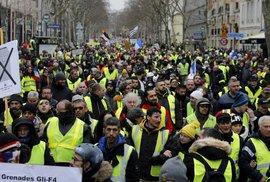 """Protesty """"žlutých vest""""."""