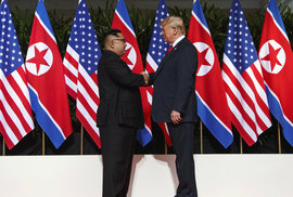 Kim Čong-un se s Trumpem setkal už vloni v červnu. V lednu tak půjde už o jejich druhý společný summit.