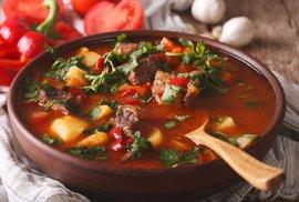 Chcete se na cestách pořádně najíst? Maďarská kuchyně oblaží chuťové buňky nejednoho…