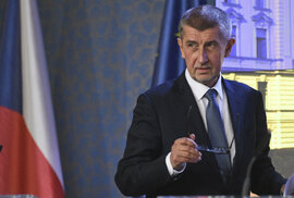 Bohumil Pečinka: Babišovo něžné zabíjení živnostníků