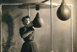 Počátky ženského boxu.
