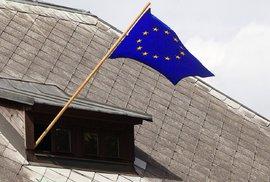 Přehledně: Jak z vašeho hlasu vznikne europoslanec? Každý stát má vlastní volební…