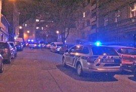 V Praze se v noci dvakrát střílelo. Jednoho střelce zneškodnili v nemocnici, druhý…