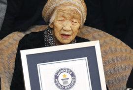 Japonka Kane Tanaková je ve 116 letech nejstarším žijícím člověkem