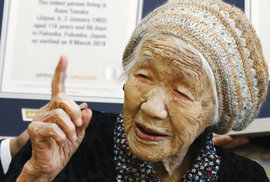 Nejstaršímu člověku světa je 116 let. Japonka vstává denně v 6 ráno a věnuje se matematice