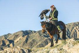Tvrdí lidé s měkkým srdcem. To jsou orlí lovci ze západních plání Mongolska