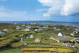 Na kole po Aranských ostrovech aneb Jeden den v mystickém ráji pohanů i křesťanů