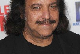 Ron Jeremy je známý pornoherec
