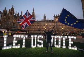 Nic není nemožné: K brexitu vůbec nemusí dojít. Mayová poslancům nabídla svou hlavu za…