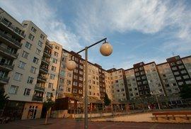 Bytové utrpení mladého Pražana: Sehnat slušné bydlení v metropoli se podobá hororovému thrilleru