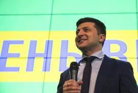 Volodymyr Zelenskyj ovládl první kolo prezidentských voleb na Ukrajině
