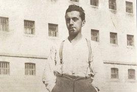 Představitel bavorského komunismu Ernst Toller uprchl do ciziny a 22. května 1939 spáchal v New Yorku sebevraždu oběšením.