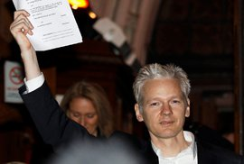 Ekvádor zadržel Švéda, který je prý spolupracovníkem Assange
