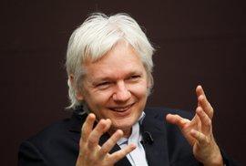 Assange využíval naši ambasádu jako špionské středisko, tvrdí prezident Ekvádoru