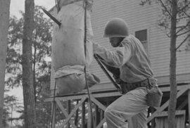 Výroba propagandy: Z obyčejného teenagera hvězdou americké válečné mašinerie
