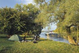 Pod Řeznem se na Dunaji objevily první větší lodě
