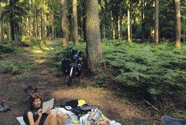 Při cestě na kole je důležité umět odpočívat