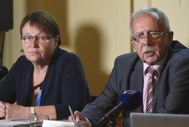 Ombudsmana brzdí bujení úřadu i politiky jmenovaný zástupce. Platí rčení, že méně je…
