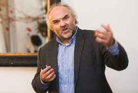 Odvolaný šéf Národní galerie Fajt dostal nabídku pracovat v pozici finančního…