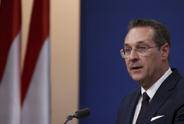 Rakouský vicekancléř a šéf krajně pravicových svobodných Heinz-Christian Strache