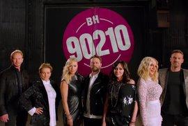 Beverly Hills 90210 se vrací. Na nové díly láká vtipnou upoutávkou plnou starých…