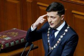 Strana prezidenta Zelenského má šanci získat v ukrajinském parlamentu většinu,…