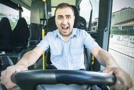 Očima libertariána: Jak volíme aneb Co uděláte, když zešílí řidič vašeho autobusu