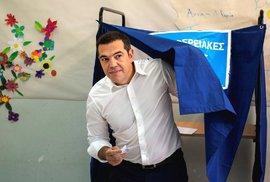Politické zemětřesení v Řecku: Premiér Cipras výrazně prohrál a oznámil předčasné…
