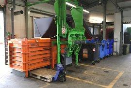 Nová třídící linka na kovové obaly v několika fázích oddělí recyklovatelný materiál od nečistot.