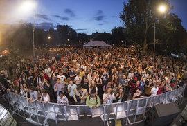 Ostrovy rostou! Festival United Islands of Prague přilákal do ulic Karlína davy nadšených fanoušků