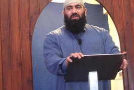 Švédská policie zatkla řadu švédských muslimů vyznávajících salafismus. Je mezi nimi…