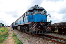 Tanzanská železniční odysea aneb Africkou pustinou čínským vlakem