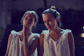 Festival Karlovy Vary navštíví hvězdná Amerikánka s Terezou Voříškovou a Eliškou Křenkovou