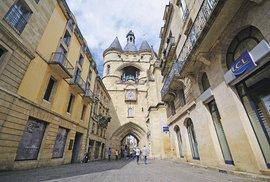 Středověkým památkám včetně vstupních bran může Bordeaux poděkovat za zápis na seznam UNESCO