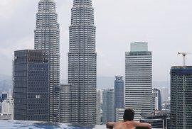 Zastávka vKuala Lumpuru nacestě naŠrí Lanku