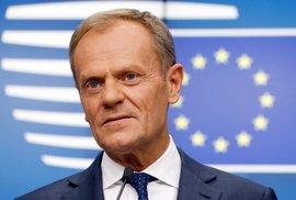 Předseda Evropské rady Donald Tusk vypovídal v Polsku o podvodech s DPH. Může jít o součást volební kampaně