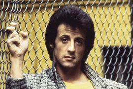 Sylvester Stallone: Hvězda, která překonala životní peklo a nikdy nepřestala…